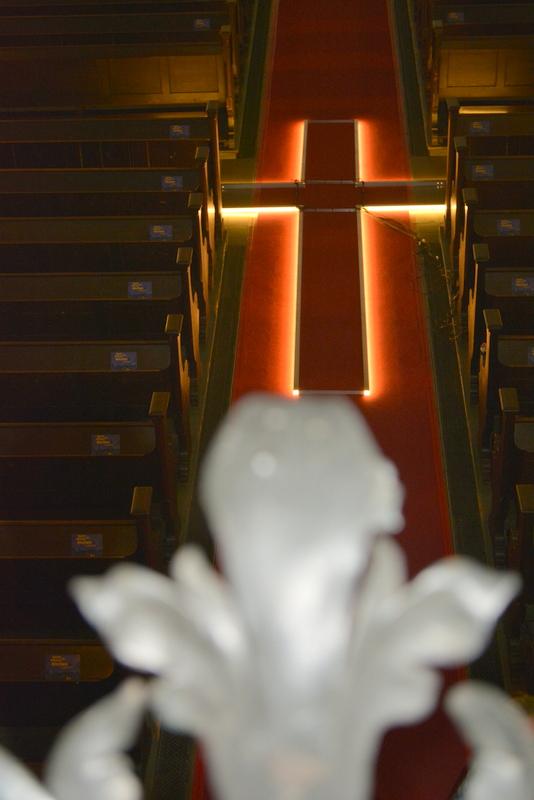 In der Mitte der Kirche  -  © F. Feustel 2014